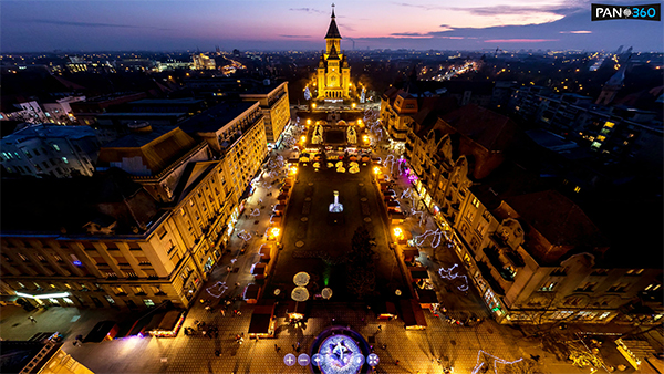 "Panorama Piata Victoriei (Operei) din Timisoara la ""blue hour"""